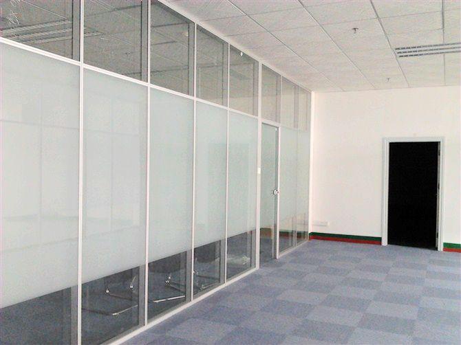 南宁办公隔断 玻璃隔墙工程