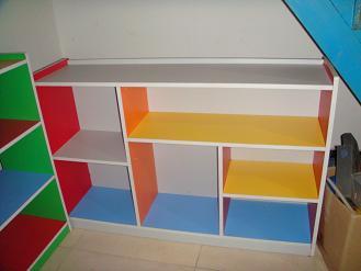 供应昆明幼儿园桌椅幼儿园玩具等