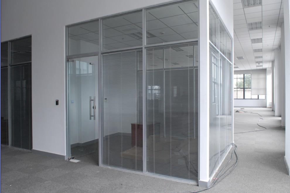 办公隔断,内置百叶窗-铝合金玻璃隔断