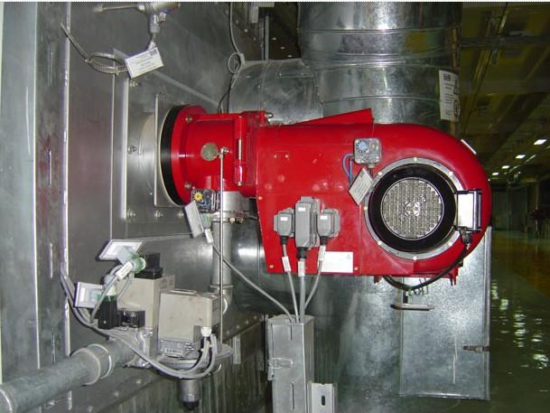 用万用表电阻×10档,测量燃烧器接线端bm 3和5脚,极限温控开关