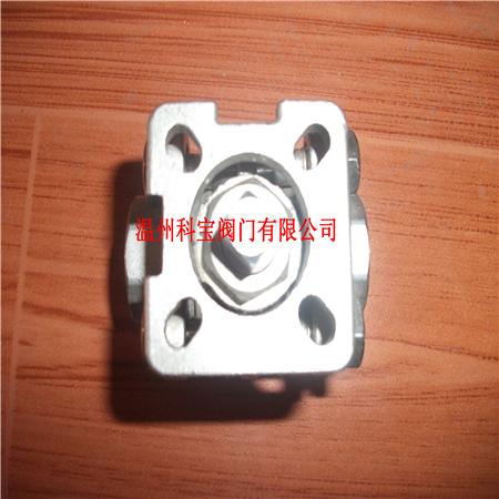 3寸 SUS304/CF8 三块式内螺纹高平台球阀