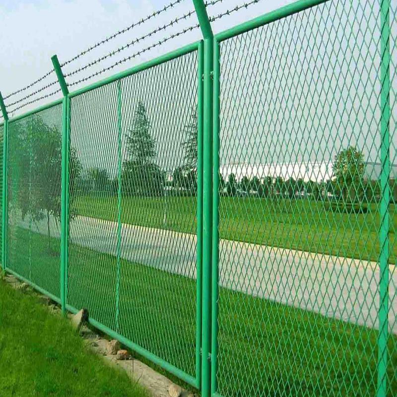 供应钢板网护栏网,低价批发
