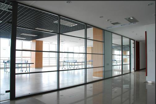 供应滕州办公玻璃隔断,单玻隔断