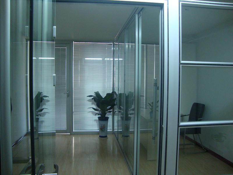 烟台新品活动隔墙新品玻璃隔断莱州高隔间