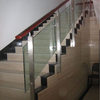 供应不锈钢栏杆、楼梯扶手