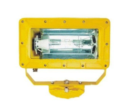 供应BFC6100外场防爆强光泛光灯