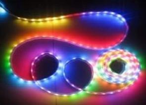 供应幻彩灯条控制器 ,5050全彩灯条控制器