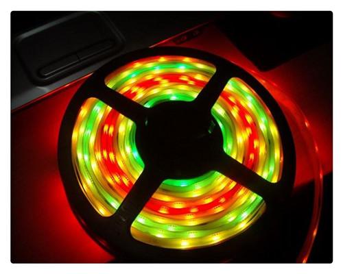 供应跑马LED灯条,流水LED灯带厂家直销