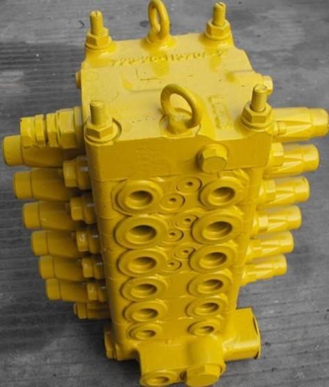 供应小松挖掘机60-7分配阀图片
