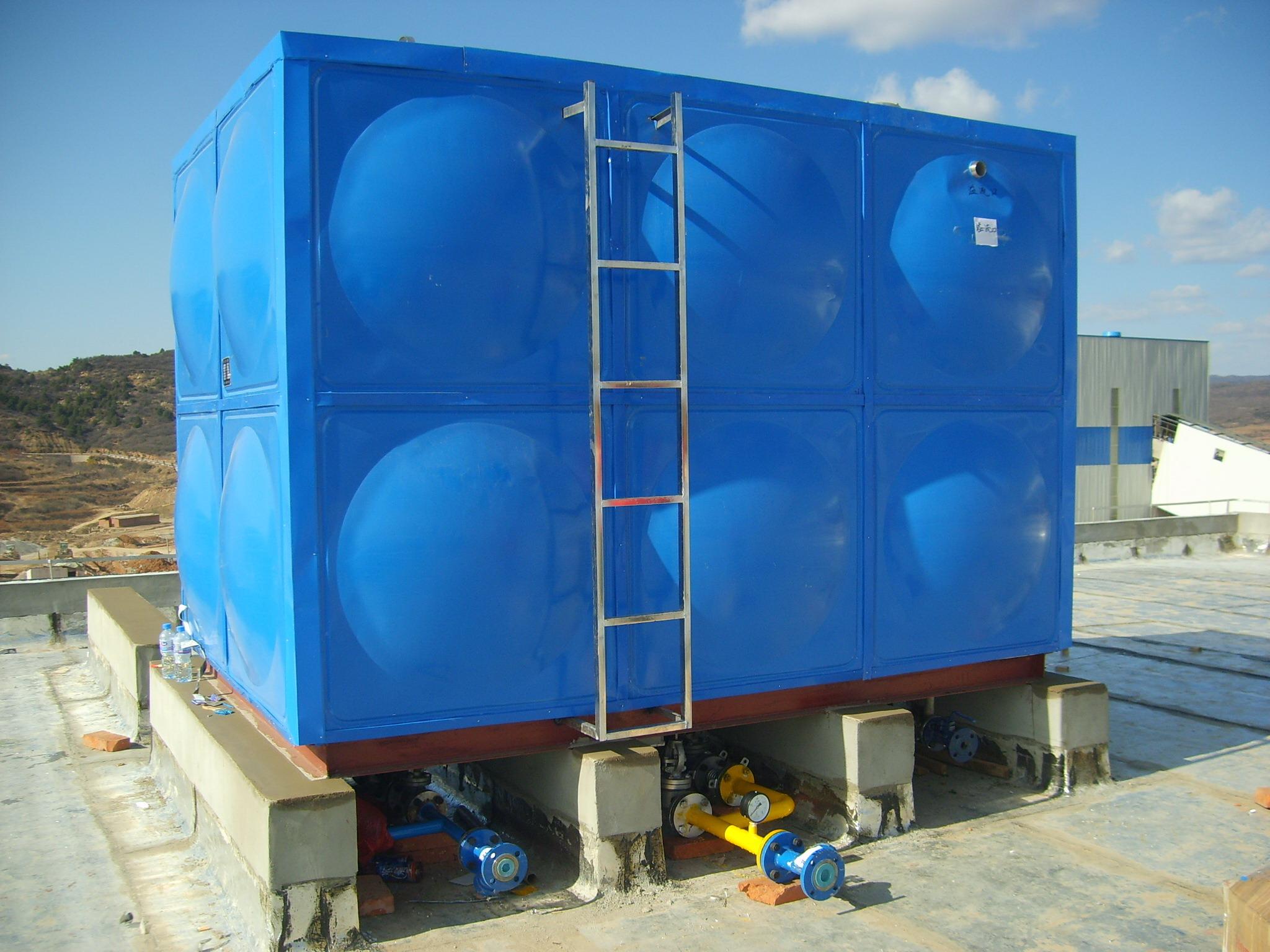 2013年订做不锈钢水箱 最底价促销 高清图片