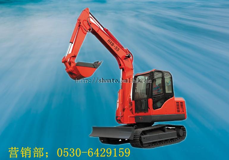 与传统的柴油动力小型挖掘机相比,由于采用电动液压系统,因而具有图片