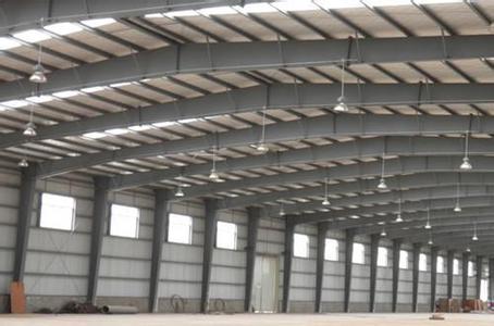 钢结构设置在耐火材料组成的墙体或顶棚内,或将构件包藏在两片墙之间