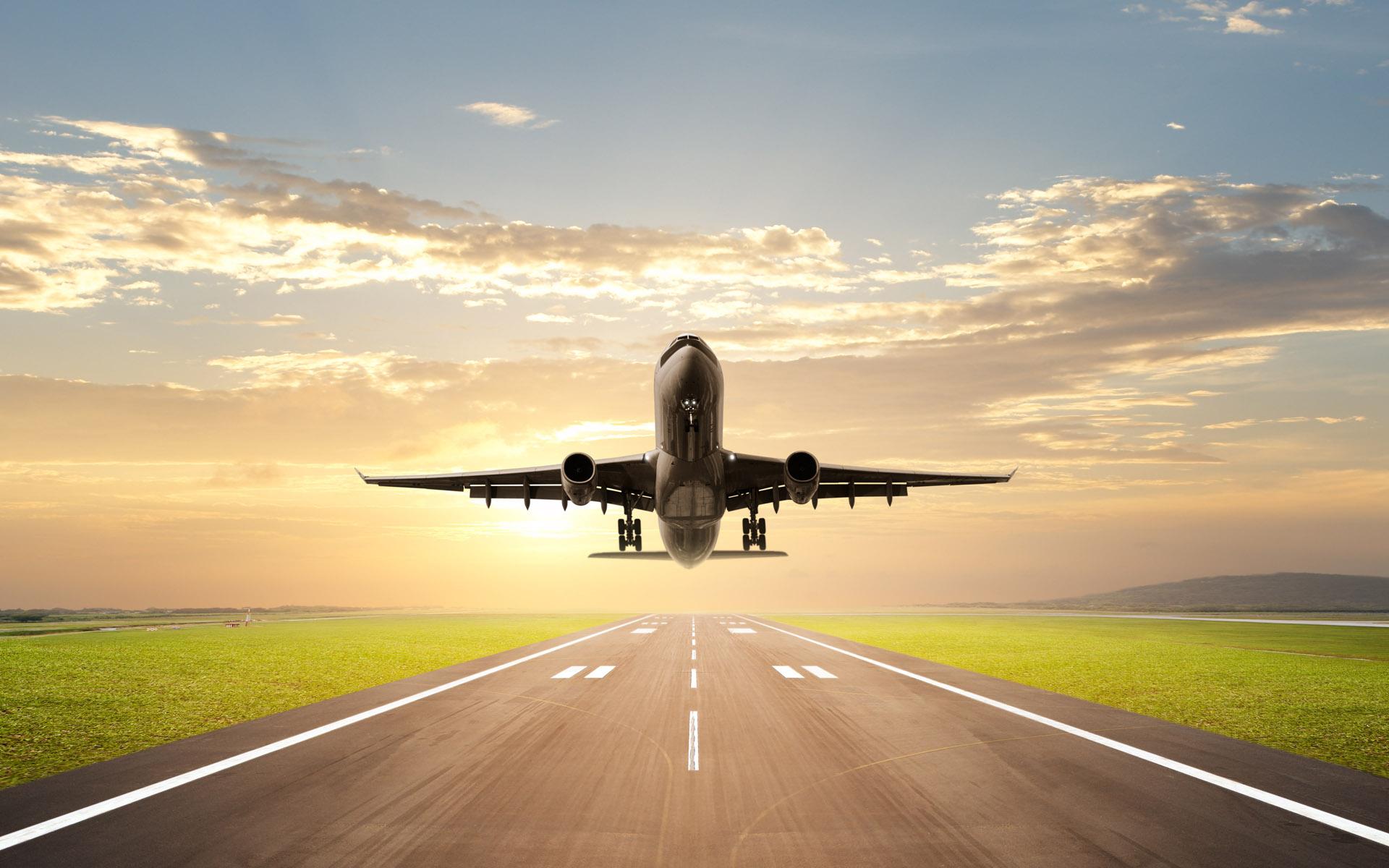 飞机场跑道图片
