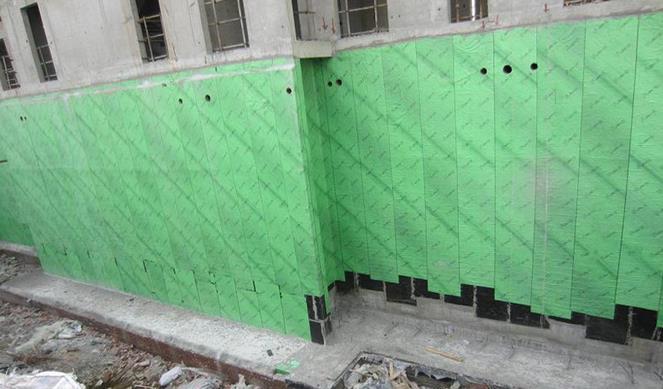 供应1.5厚CPS-CL反应粘结型湿铺防水卷材
