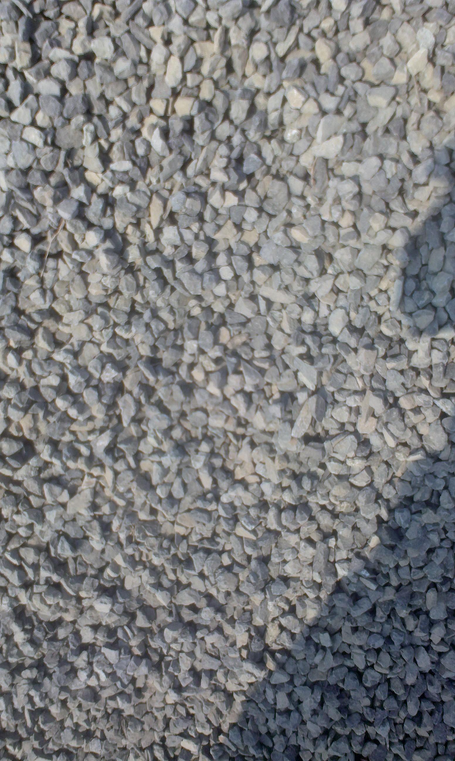 本公司生产的玄武岩石子,石质坚硬,不易风化,质量可靠,规格齐全,有0.5cm-1.0cm,1.0cm-1.5cm高速公路,飞机场,赛车场专用玄武岩石子,铁路道砟石,石硝,石粉等,在销售建设以及使用过程当中,深受广大客户的好评。欢迎各地朋友们前来洽谈,考察!15953315222王经理