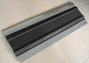 供应陆丰市钢边橡胶止水带使用安装