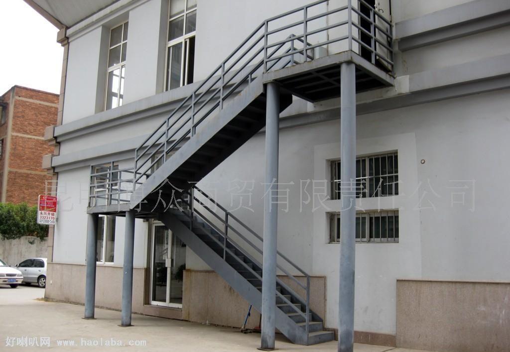 大兴区钢结构制作阁楼楼梯