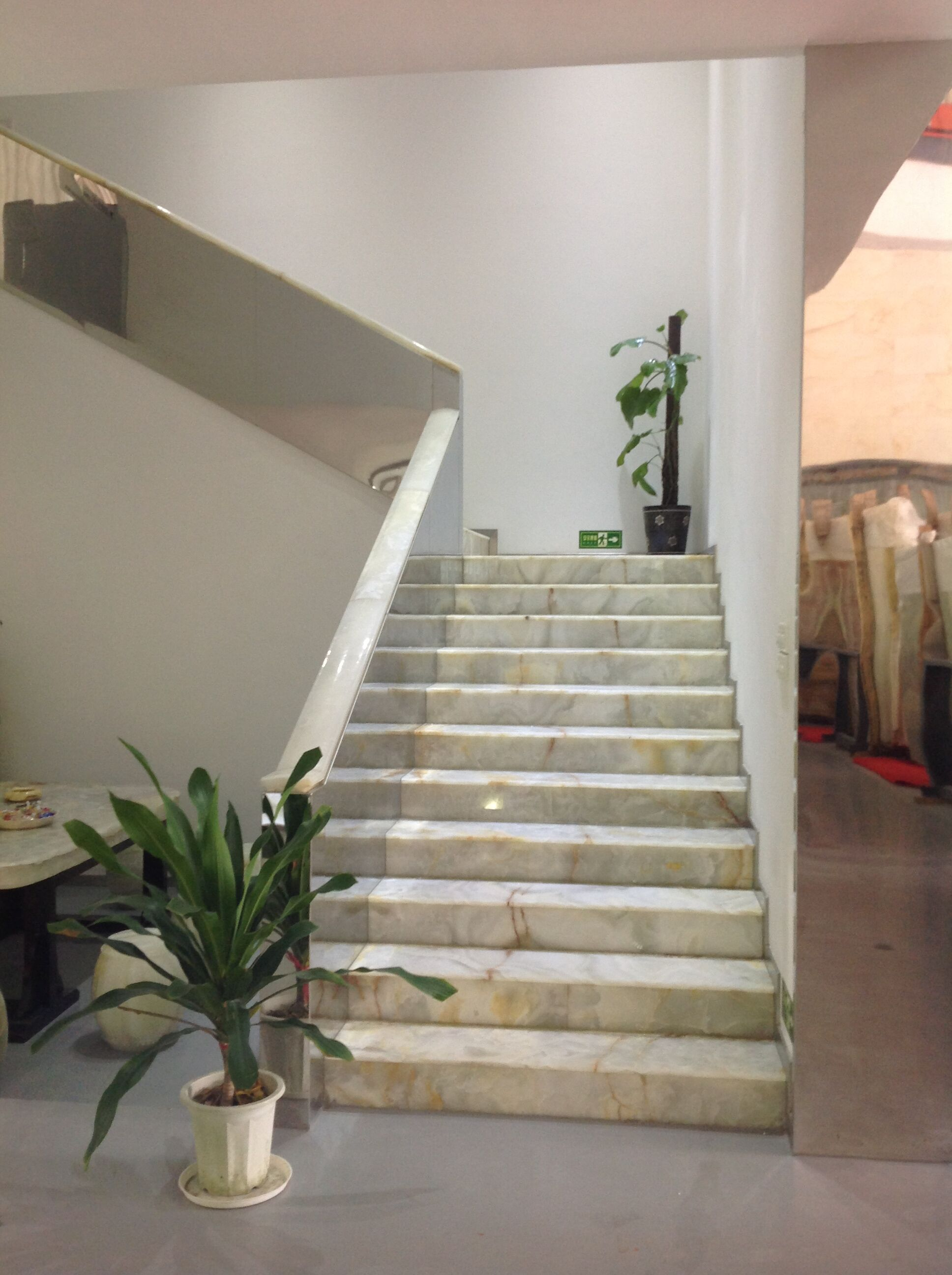 石材板材以及楼梯踏板等高清图片