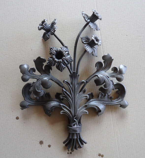 供应铁艺楼梯花,铁艺花盘,主题花