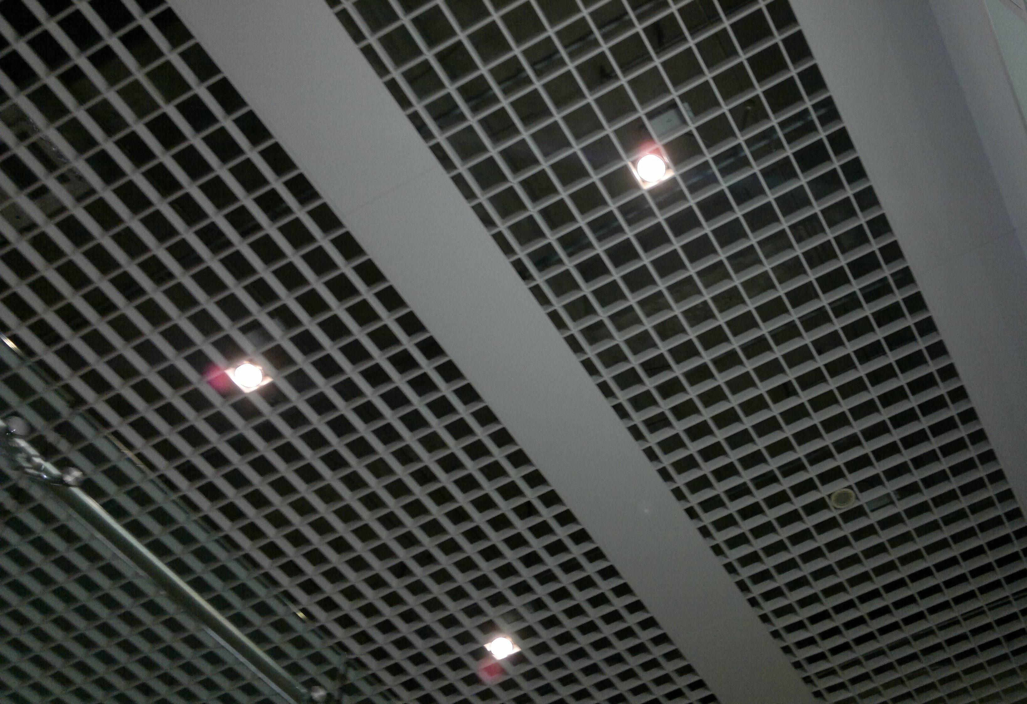 主     营: 铝扣板,铝方板,铝格栅,铝方通,铝边角,金属天花,铝幕墙图片