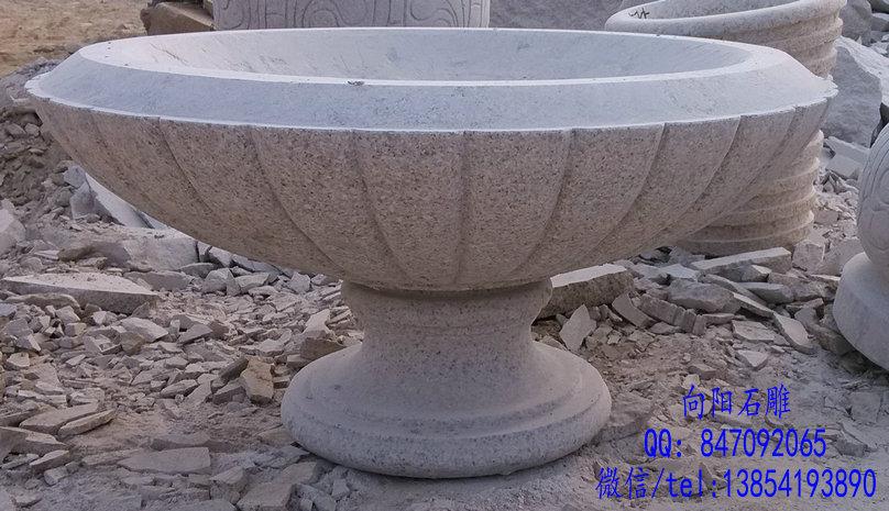 南京石雕花盆厂家|最新黄锈石喷泉定制报价