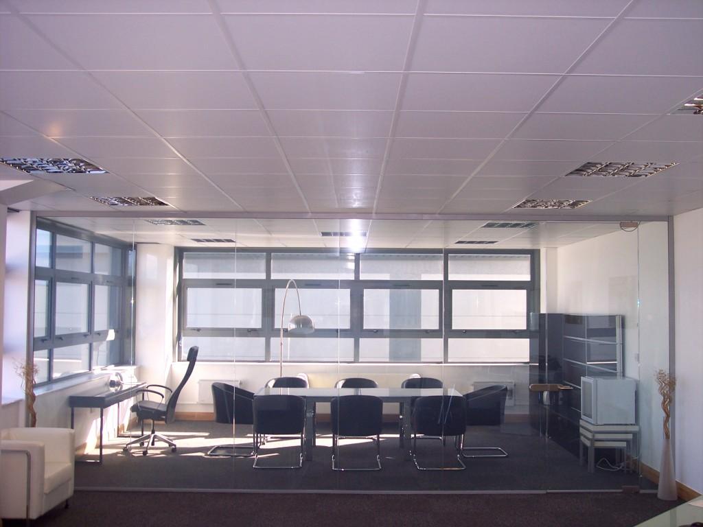 厂家供应玻璃自贴调光膜/卷膜(20米)