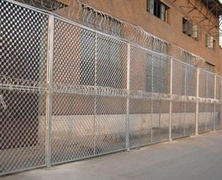 大连小区金属隔离栅产自优质的生产厂家