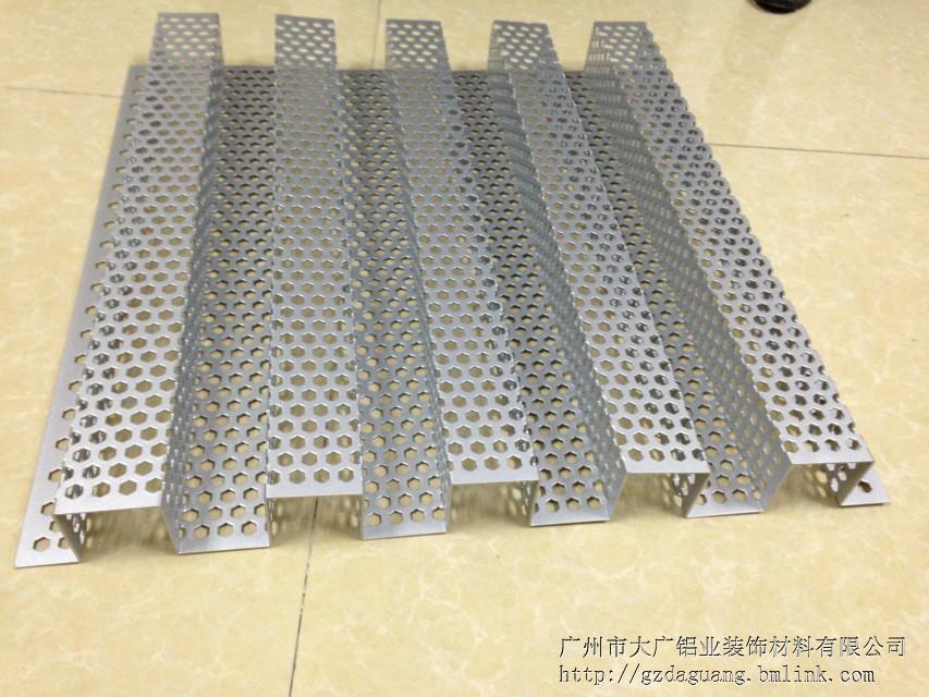 镀锌钢板/镀锌钢板市场报价1