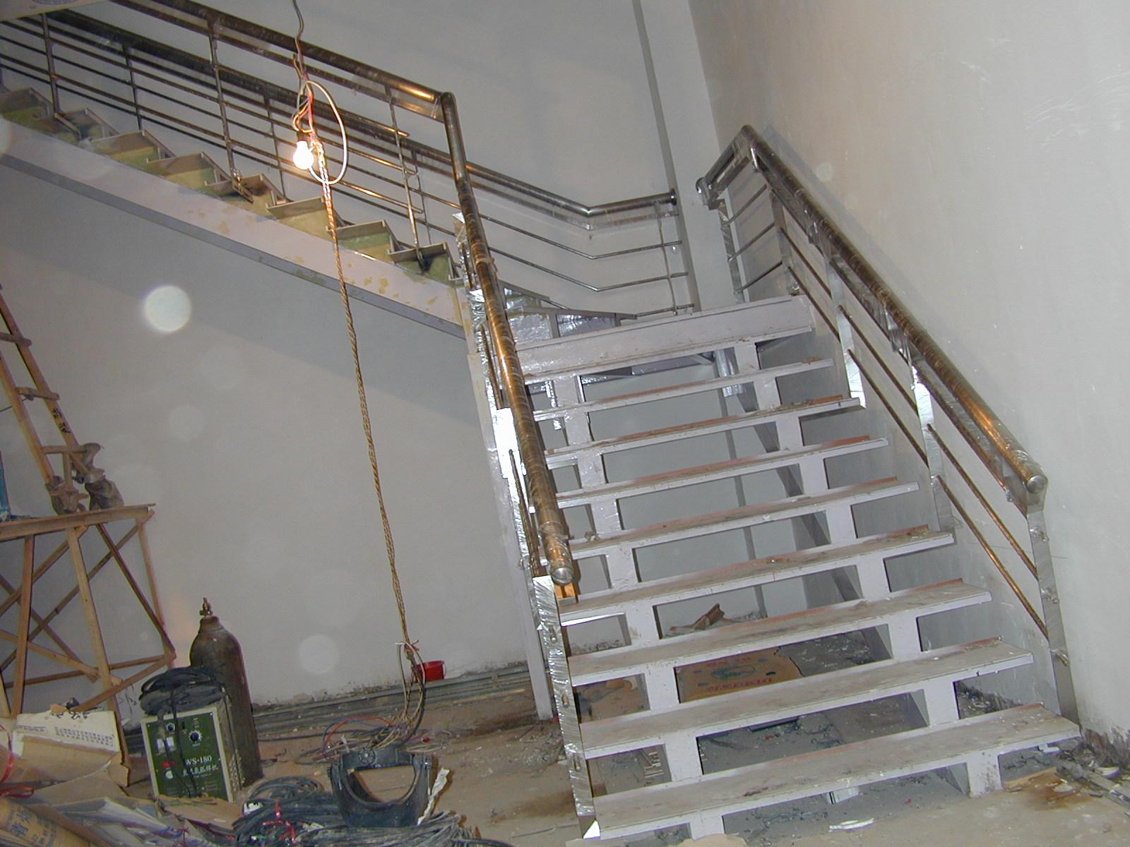 最新款不锈钢楼梯扶手-欧式楼梯扶手图片大全-不锈钢