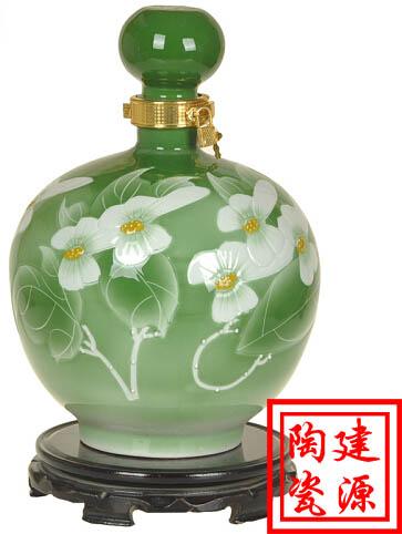 景德镇手绘青花陶瓷酒瓶 厂家直销