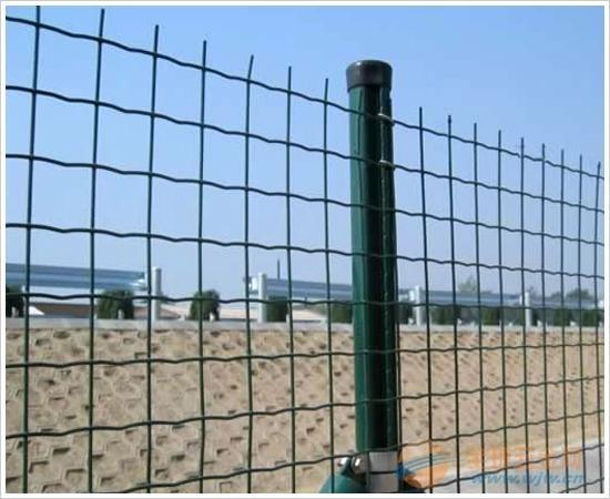 江苏绿色铁丝网镇江1.5m圈地绿色焊接铁丝网