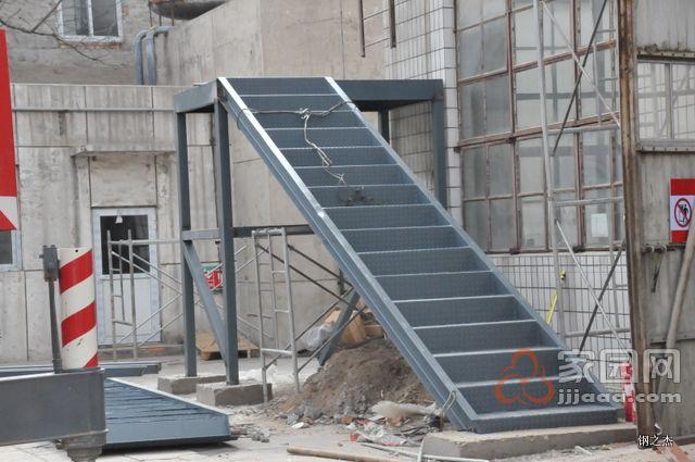 首页 产品供应 机械设备 混凝土机械 混凝土搅拌站 > 厦门钢结构夹层