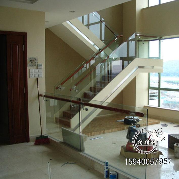 供应玻璃楼梯护栏图片