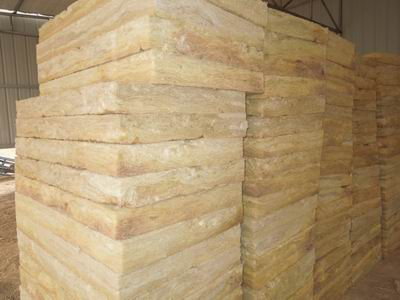 贴面铝箔岩棉板在屋顶使用的技术
