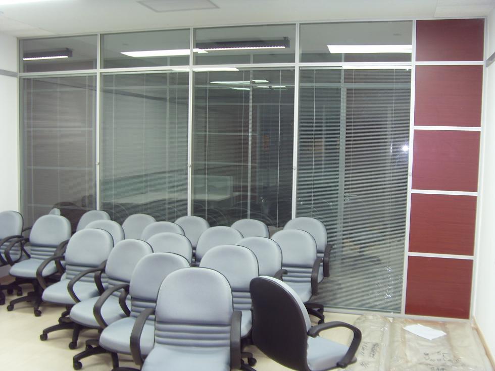 上海铝合金玻璃隔断及高隔间墙系统专业制造与供应商