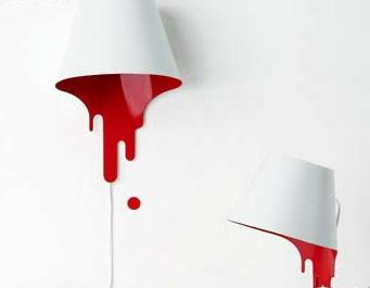 大放异彩 线条充满动感的油漆壁灯(图)