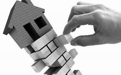 中国十年房地产调控为何反复出现?