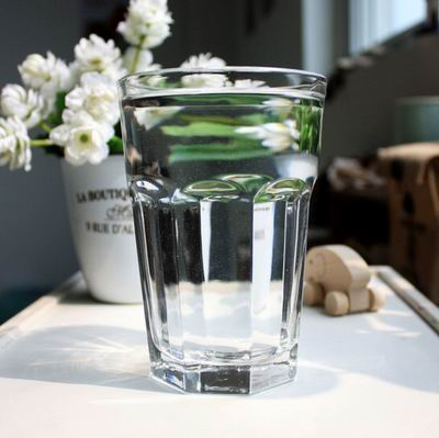 家装用玻璃制品 正确安装美丽且安全