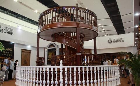 首款百万实木楼梯现身建博会成行业之最