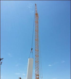 QUY500W风电型履带起重机边疆建设显神威
