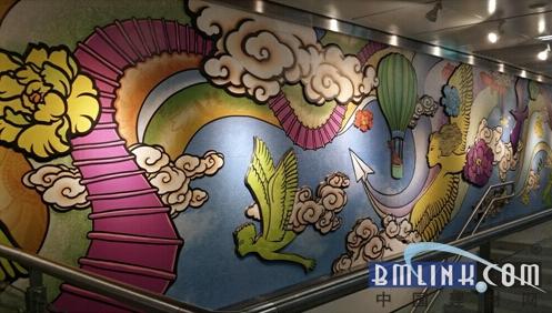 壁画亮相成都地铁图片