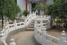 供应草白玉河堤栏杆、景观桥草白玉栏杆、