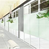 厂家成批出售玻璃隔断铝型材及安装