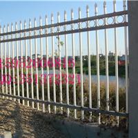 供应哈尔滨热镀锌栅栏制造公司