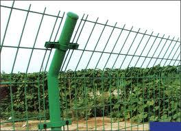 供应国标双边护栏网/质优价廉双边护栏网