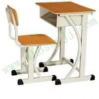 供应课桌弧形课桌椅