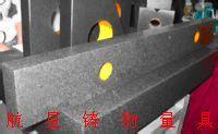大理石方规具有垂直平行的框式组合用于对直角的检验