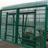 供应高速公路安全防护网 公路安全防护网金匠围栏让你放心选择