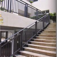供应锌钢阳台护栏/锌钢楼梯扶手/锌钢厂房围栏/护栏质量