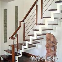 供应沈阳钢木楼梯